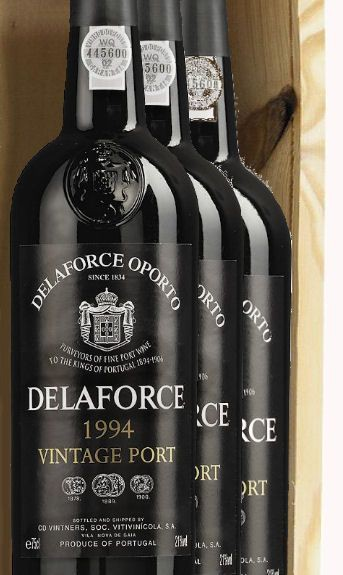 Delaforce Vintage Port 1994 in 3er Holzkiste